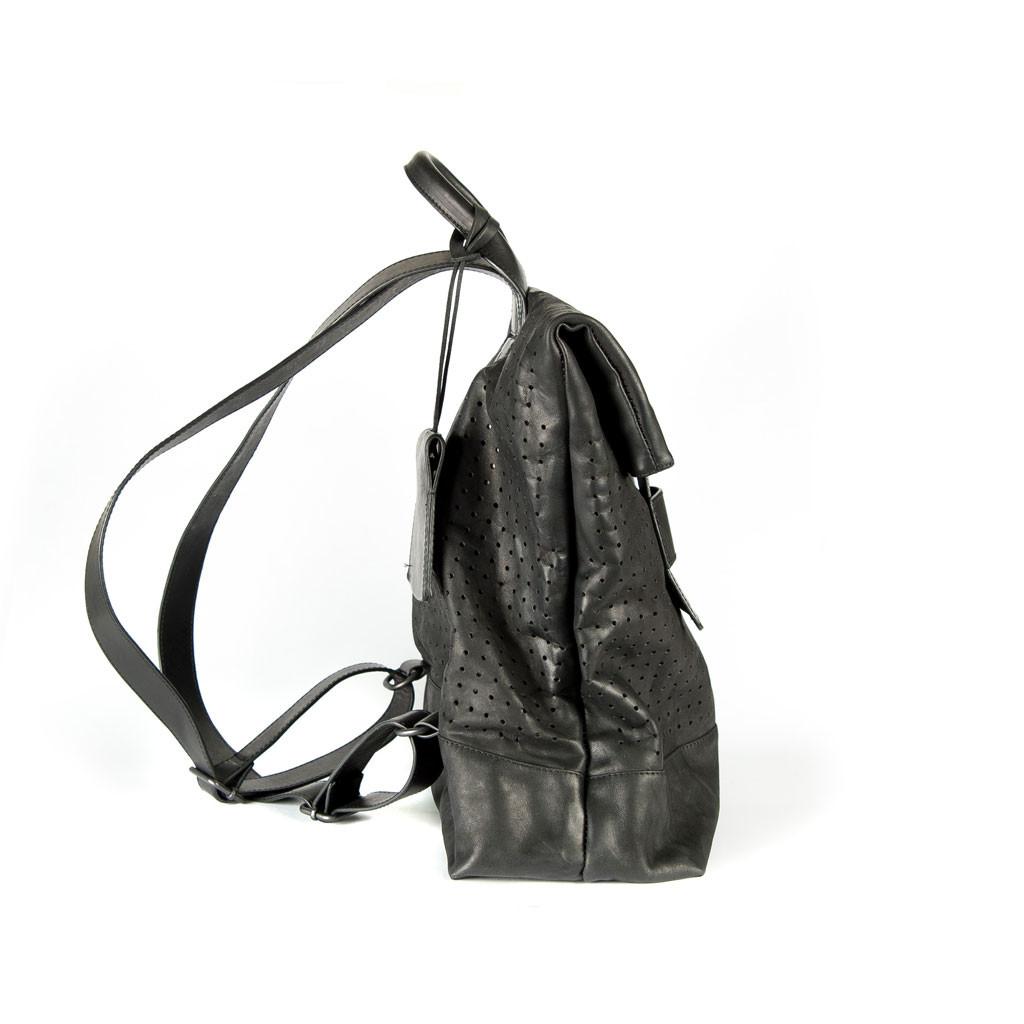 zaino-forato-nero-03
