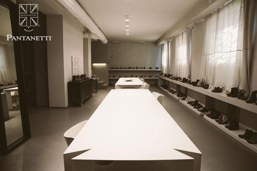 showroom004