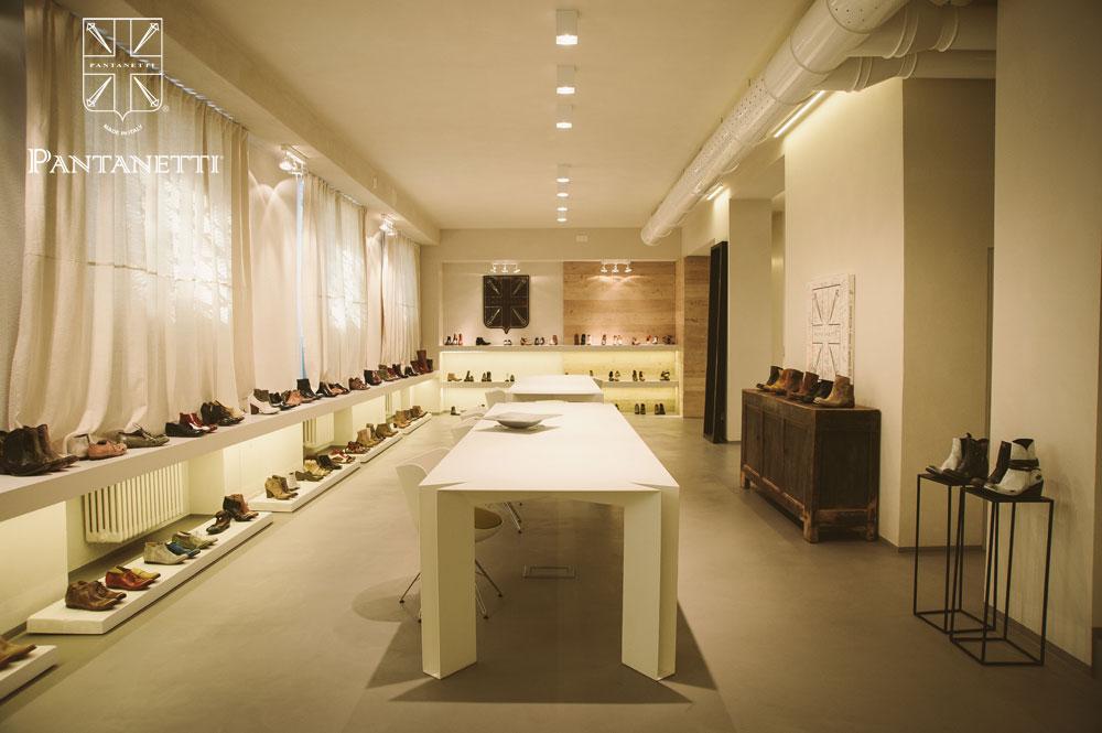 showroom006