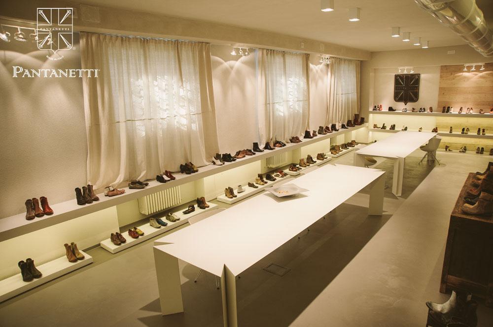showroom009